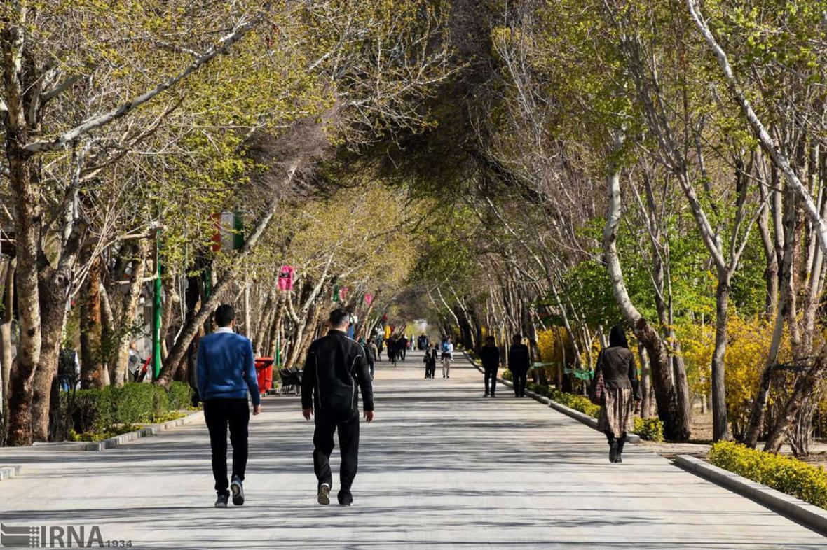 خبرنگاران تاریک و روشن روزگار چهارباغ اصفهان