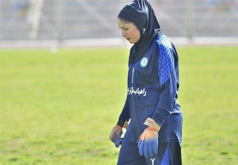 بی اخلاقی در فوتبال بانوان ، مصدومیت عمدی برای دروازه بان تیم ملی