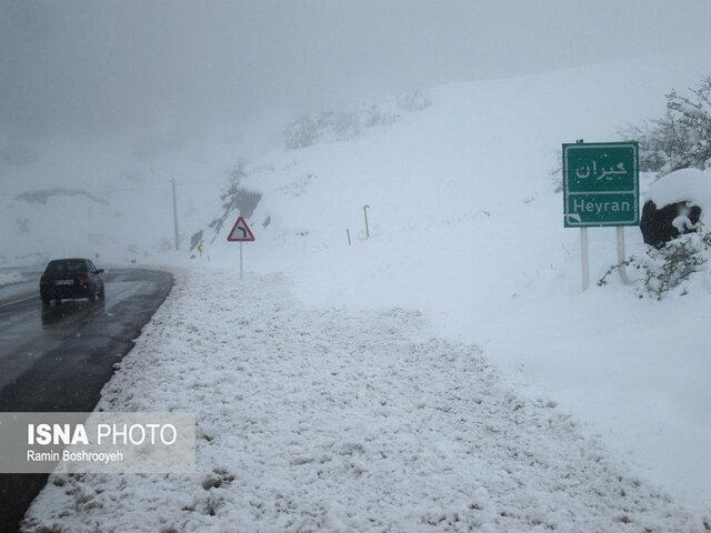 شکستن رکورد بارندگی آستارا ، بارش 40 سانتی متری برف در حیران