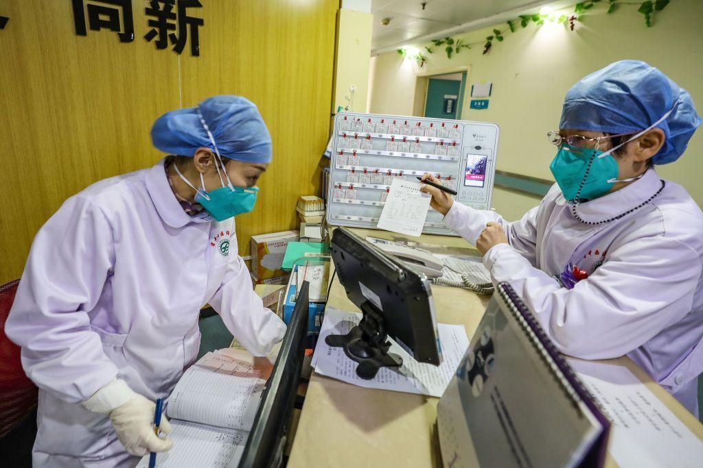 چین آزمایش های کلینیکی را به دلیل نبود بیمار لغو کرد