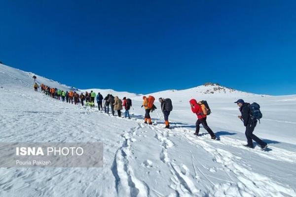گم شدن اعضای یک گروه کوهنوردی در جهت صعود به کوه شاه جهان در خراسان شمالی با بارش برف