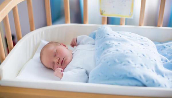 دمای اتاق نوزاد در فصول سرد؛ چه دمایی برای نوزاد مناسب است؟