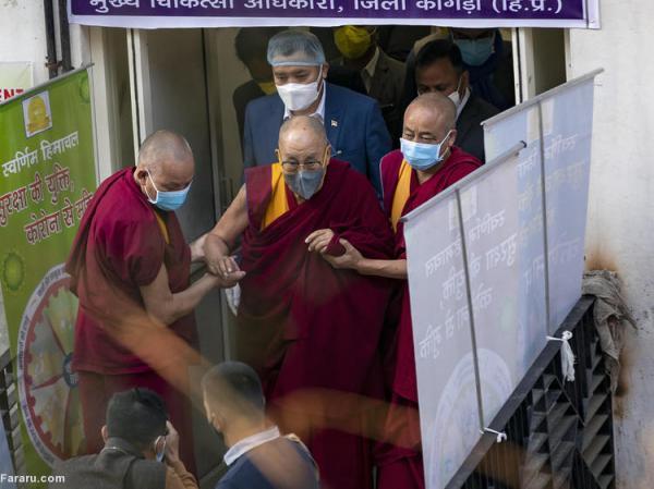 (ویدئو) دالایی لاما واکسن کرونا را دریافت کرد