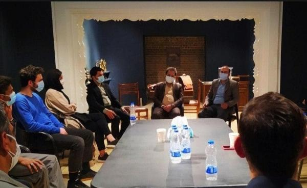 بازدید مدیرکل فرهنگی و اجتماعی وزارت علوم از دبیرخانه جشنواره تئاتر دانشگاهی