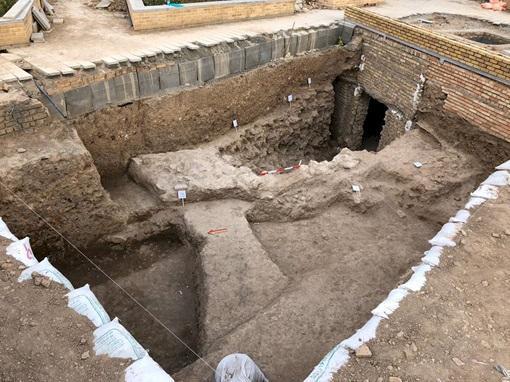 کشف سازه ای سنگی از دوره آل بویه در تهران، خاک برداری سازمان نوسازی، آثار و شواهد تاریخی را نمایان کرد