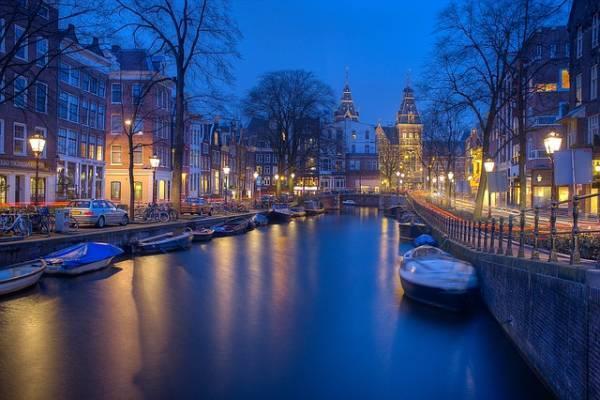 گشتی در 19 جاذبه دیدنی آمستردام هلند